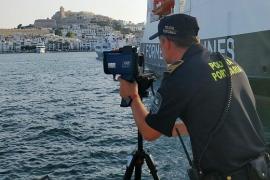 La APB instala radares para controlar la velocidad de los barcos en los puertos de Ibiza y Formentera