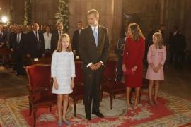 La Familia Real preside la misa en honor a 'La Santina'