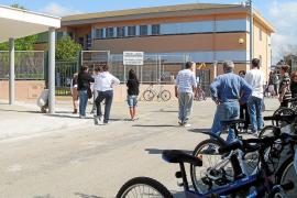 Una pareja de docentes pide 500.000 euros al Govern por acoso psicológico