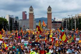 Un herido en un enfrentamiento entre partidarios y contrarios del independentismo