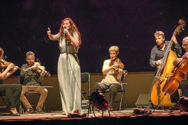 Silvia Pérez Cruz cierra con su actuación más jazz un festival de lujo
