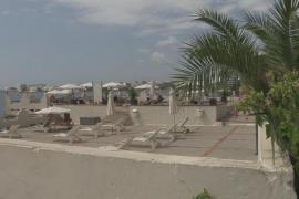 Fallece la turista británica que casi se ahoga en el Hotel Ebeso de Vila