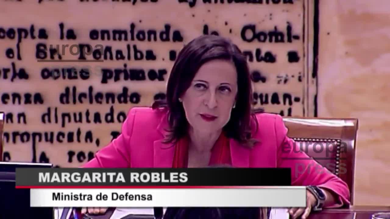 Robles dice que la venta de bombas a Arabia Saudí no ha sido suspendida sino que está en estudio