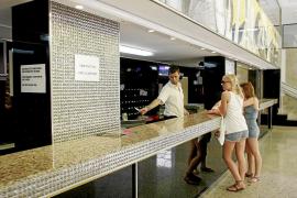 La patronal hotelera resta importancia a la bajada de la ocupación del 1,5 % en agosto