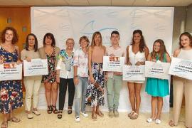 La Fundación Vilás Ferrer premió ayer a estudiantes ibicencos de Ciencias de la Salud y Medicina