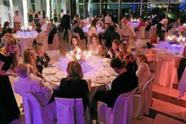Ibiza se vuelca con la Asociación Elena Torres para luchar contra el cáncer