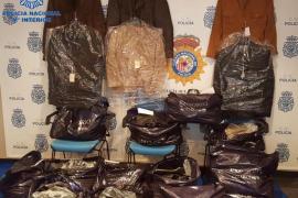 Detenido un italiano por media docena de delitos de guante blanco en Ibiza