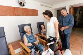 Los beneficiarios de dependencia en Ibiza aumentan un 58% en los últimos tres años