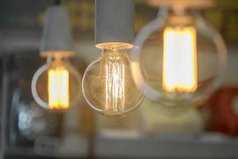 Los derechos de emisión de CO2 encarecen la factura de la luz