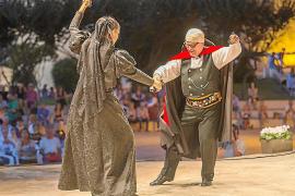 Ibiza también puede presumir de un festival de bailes tradicionales