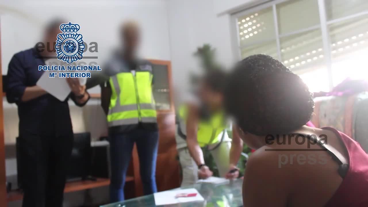 Vídeo | Liberan a diez mujeres prostituidas en Málaga y detienen a 15 personas en una operación contra la trata