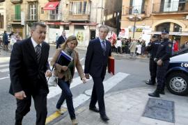 Las cuentas del Govern pasan su primer trámite y PSOE-Pacte critica que «perjudican» a las Pitiüses