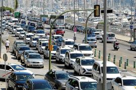 El Govern cierra la puerta a la llegada del servicio de Uber y Cabify en Balears