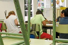 La mitad de los alumnos de familias con menos recursos repite curso en la ESO