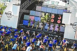 Hard Rock Hotel Ibiza acoge hoy dos masterclass de cycling a favor de RqueR