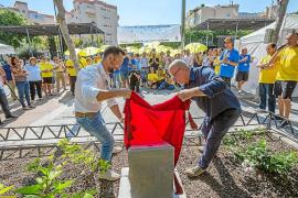 Los voluntarios de Ibiza ya cuentan con un monolito a su «labor desinteresada»