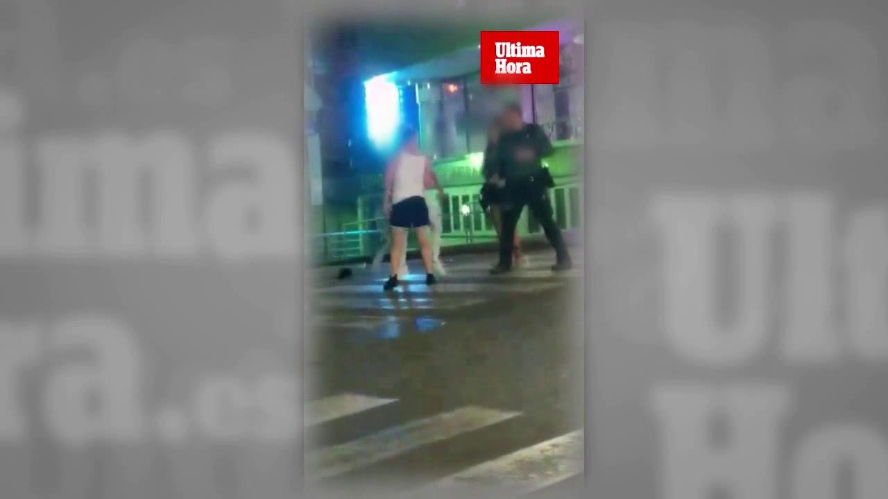 Dos guardias civiles, a porrazos en una pelea entre turistas en Magaluf