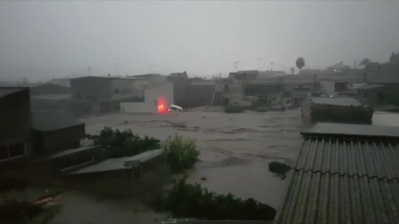 Graves inundaciones en Sant Llorenç tras desbordarse el torrente