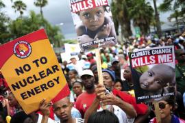 Miles de personas piden «acuerdos ya» para frenar el cambio climático