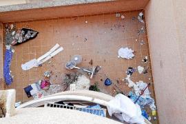 Denuncian el «incivismo y las molestias» que causa un alquiler turístico en Sant Antoni