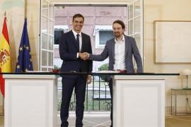 Gobierno y Podemos pactan subir el salario mínimo a 900 euros en 2019
