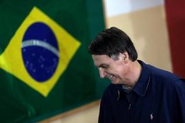 Bolsonaro ganaría la segunda vuelta de las presidenciales con un 58% de los votos, según un sondeo