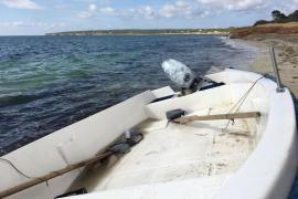 Localizan dos pateras en aguas Pitiusas
