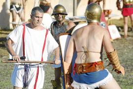 Historia y cultura ibicenca en la antigua necrópolis de Puig des Molins