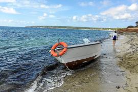 Localizadas cuatro pateras en aguas de Balears con 45 personas a bordo, 12 de ellas menores