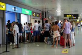 """Fomento del Turismo de Ibiza rechaza la propuesta de Prou por su """"efecto ruinoso"""" sobre la economía ibicenca"""