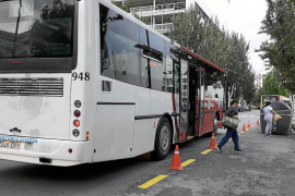 Vila habilita una parada de autobuses ante la entrada de los juzgados de Isidor Macabich