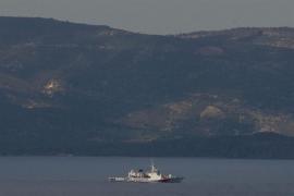 Al menos dos muertos tras hundirse una embarcación con migrantes frente a la costa de Turquía