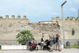 Parte de la muralla de Alcúdia derrumbada