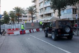 El cierre de la avenida Santa Eulària por obras, en imágenes (Fotos: Daniel Espinosa).