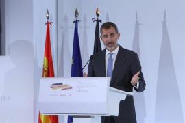 El Rey pide una solución urgente y coordinada en Europa para las crisis de migrantes y desplazados