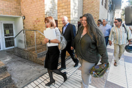 Cires defiende la actuación del Ayuntamiento y el querellante ve una «voluntad política» en el cierre