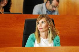 El equipo de gobierno del Consell aprueba pagar 63.000 euros por facturas sin contrato