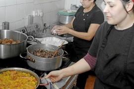 Dos de cada tres empleos creados en Baleares en el último año los ocupan mujeres