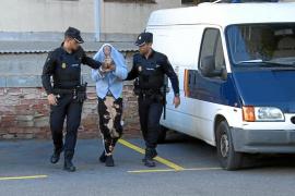 Prisión para el joven británico detenido por llevar una bolsa con un kilo de droga tras robar un bolso