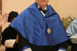 El biologo Francisco J. Ayala.
