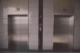 Muere un operario de ascensor al quedar atrapado