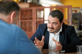 Santi Marí: «Gobierna Pedro Sánchez. Armengol ya no le puede dar la culpa a Rajoy por el REB»