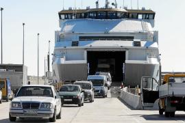 El tráfico entre Formentera e Ibiza se reduce en 20.000 personas entre enero y agosto de este año