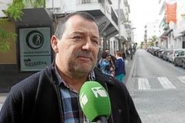 Los comerciantes de Sant Antoni quieren que el estacionamiento rotatorio vuelva a ser de pago