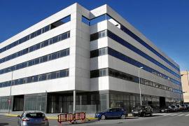 Pepa Marí asegura que se están trabajando los últimos detalles para abrir la estación del Cetis