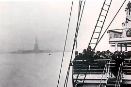 'L'emigrant', la historia real de los pitiusos que salieron en busca de un futuro mejor