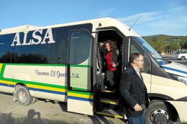 Una línea de autobús conectará Sant Josep con es Cubells, Cala Vedella y Cala Tarida en invierno