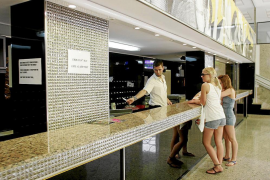 Las Pitiusas cierran la temporada con un 83,6 % de ocupación hotelera e incertidumbre por 2019