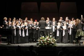 Música para ayudar a los refugiados de Grecia