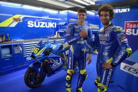Joan Mir ya posa con los colores de Suzuki en MotoGP